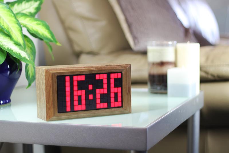 Cool Clocks Dot Matrix